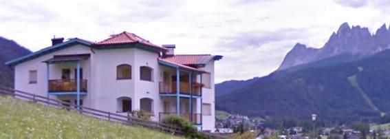 Villa Rosy Garage e Hobby Raum